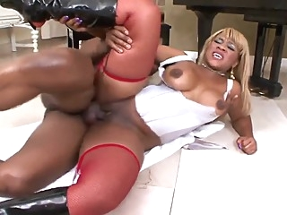 In the House whit sex Ebony big cock big tits ebony