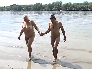 stepson fucks mom on public beach bbw mature public