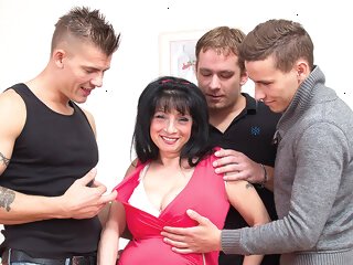 Big Breasted Housewife Taking On Three Guys - MatureNL big ass big tits dutch